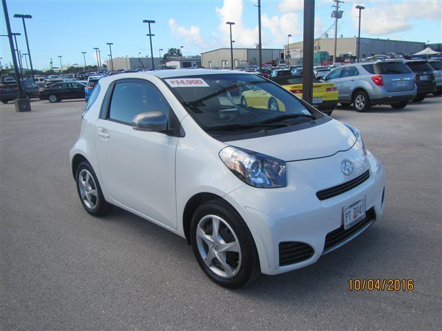 Pre Owned 2015 Scion Iq Hatchback On Guam Gu16r0542
